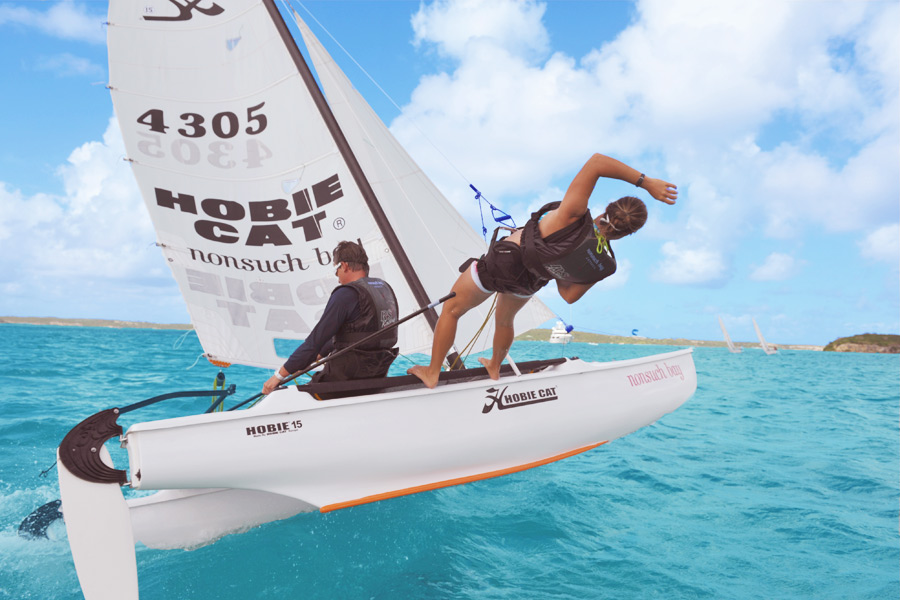 hobie_on_one_hull